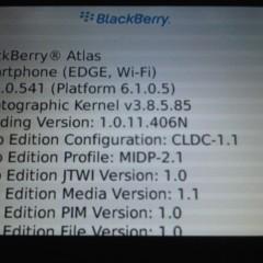 Foto 2 de 4 de la galería blackberry-9670-y-atlas-nuevas-imagenes-filtradas en Xataka Móvil