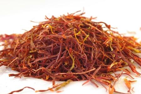 Conoce estos colorantes naturales que puedes utilizar de forma segura en casa para cocinar