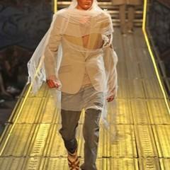 Foto 11 de 14 de la galería john-galliano-primavera-verano-2010-en-la-semana-de-la-moda-de-paris en Trendencias Hombre