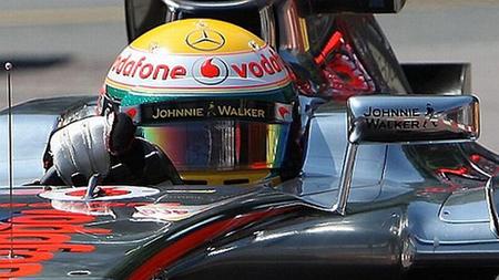 Lewis Hamilton marca el mejor tiempo en la primera sesión de entrenamientos libres