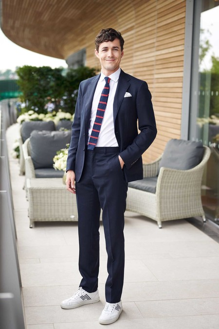 Jonah Hauer King Stars In Wimbledon Style Trendencias Hombre