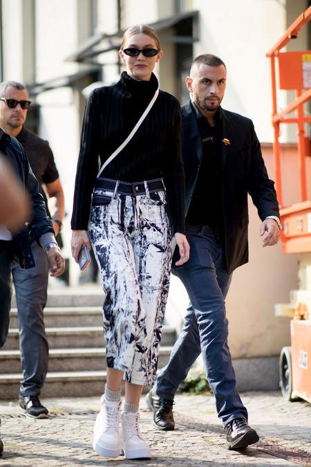 Gigi Hadid street style mfw