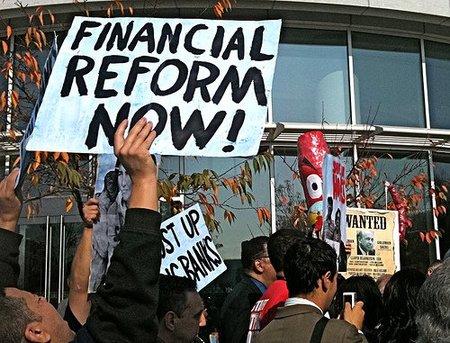 Fraudes de Goldman abren camino a la reforma financiera