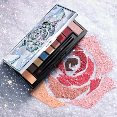 Brillo intenso y un maquillaje de ojos con mucho estilo: así es la propuesta de Lancôme para esta Navidad 2020