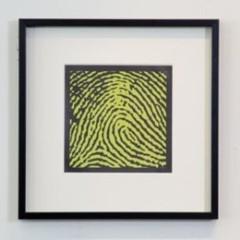 Foto 6 de 6 de la galería cuadros-de-huellas-dactilares en Decoesfera