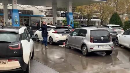 Tesla Gasolinera 2