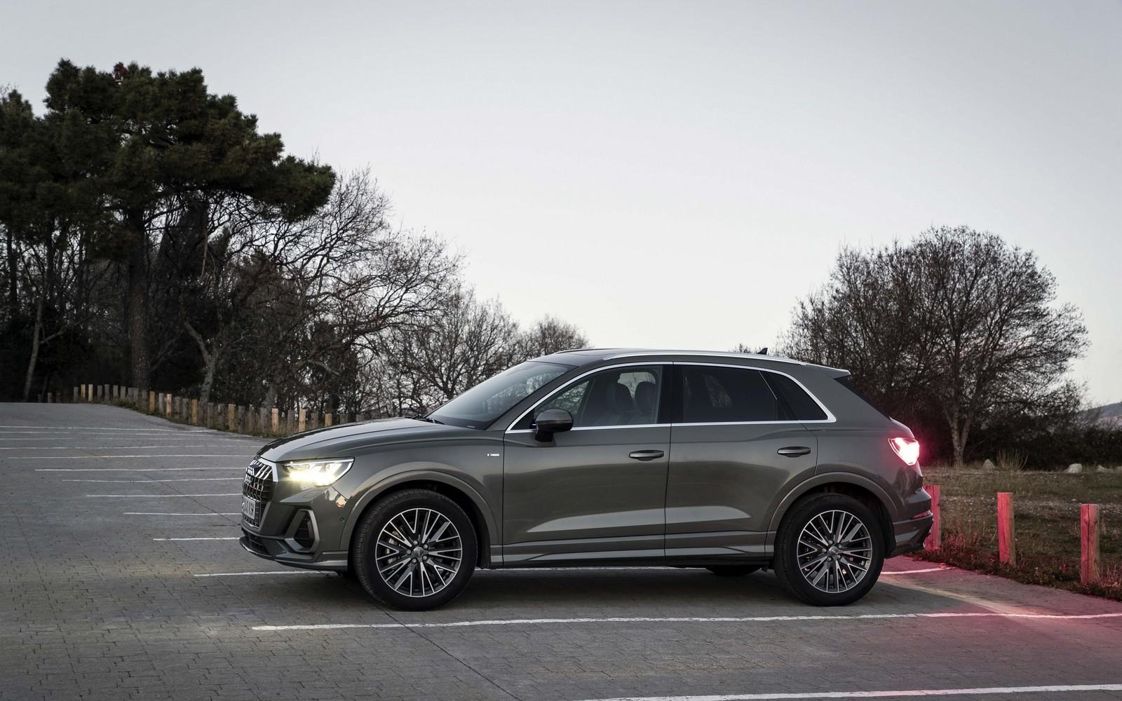 Foto de Audi Q3 2019 (45/50)