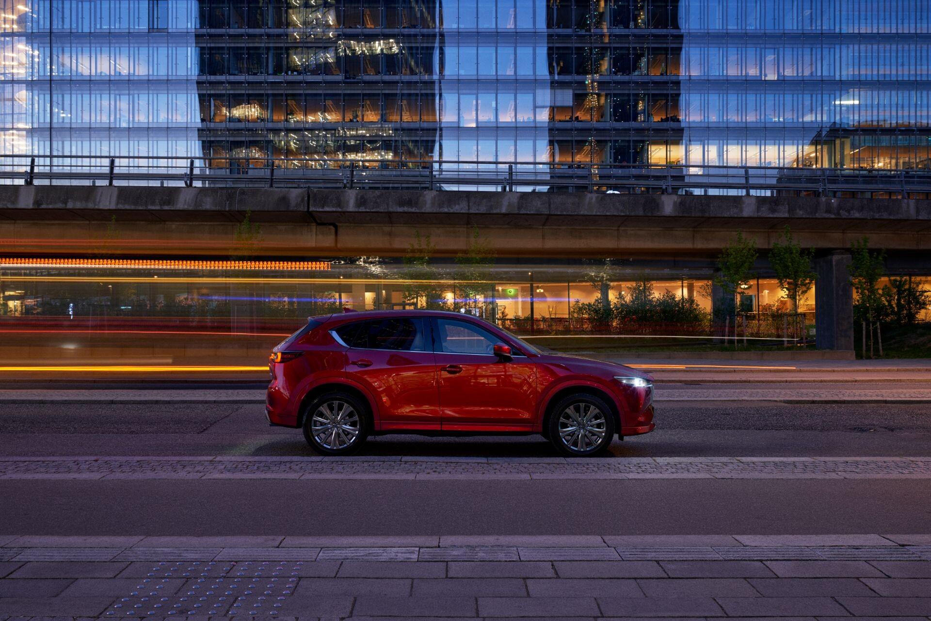 Foto de Mazda CX-5 2022 (13/29)