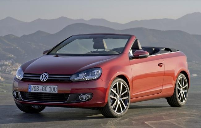 Volkswagen Golf Cabrio rojo