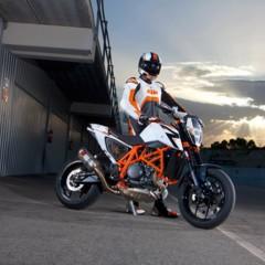 Foto 10 de 16 de la galería salon-de-milan-2012-ktm-690-duke-r-aun-mas-erre en Motorpasion Moto