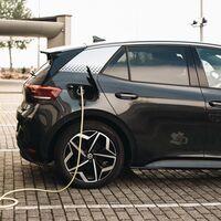 Por fin llega una normativa que regulará los puntos de carga de los coches eléctricos