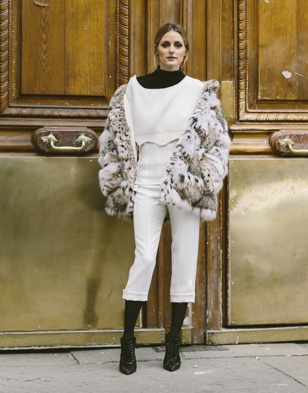 Olivia Palermo Como Combinar Pantalones Blancos 02