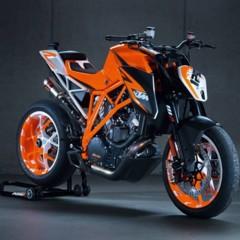 Foto 5 de 6 de la galería salon-de-milan-2012-prototipo-de-la-ktm-1290-super-duke-r-vuelve-la-bestia en Motorpasion Moto