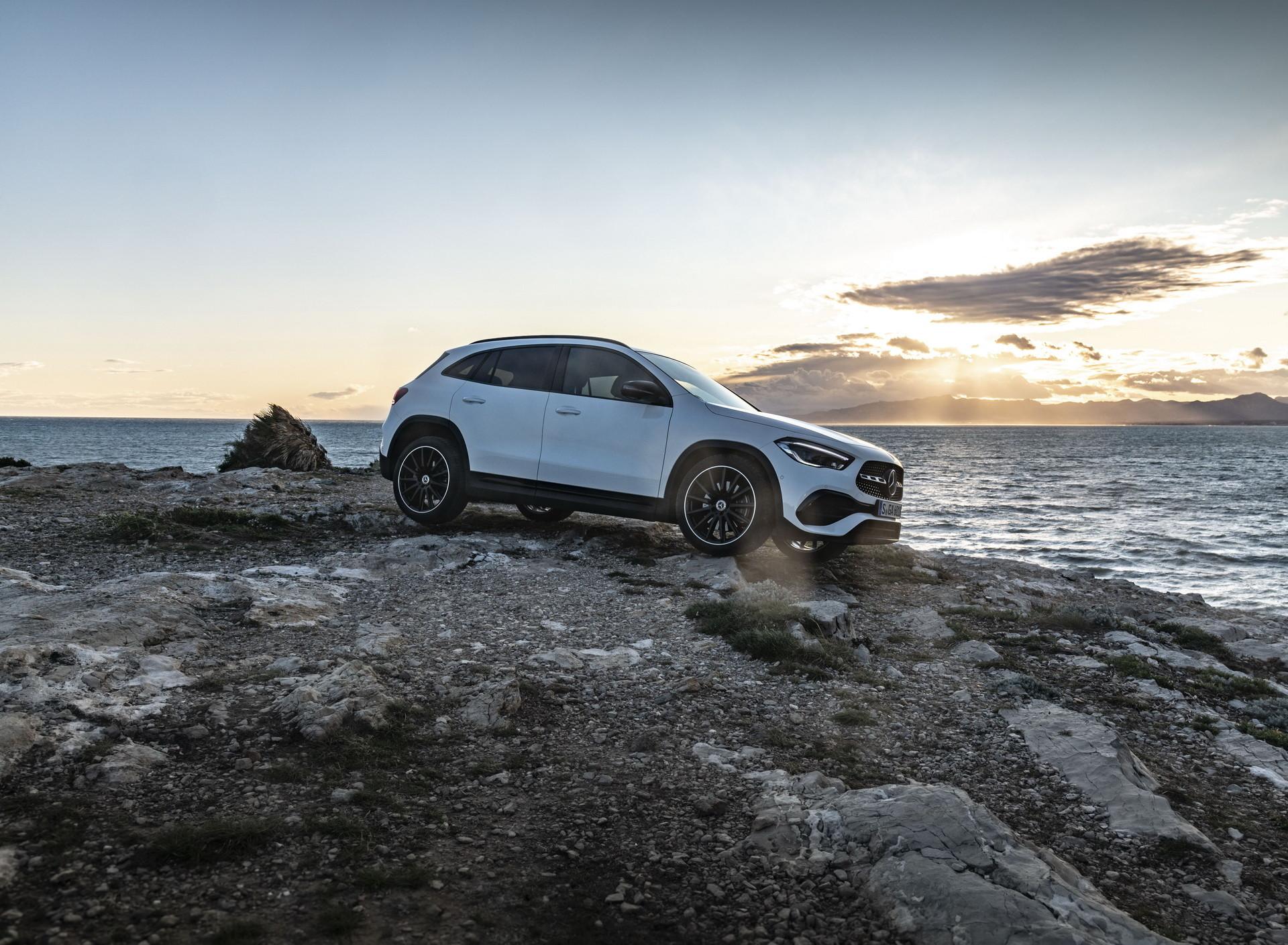 Foto de Mercedes-Benz GLA 2021 (11/103)