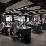 Muévete más, también en tu trabajo: cinco estrategias para mantenerte activo en la oficina