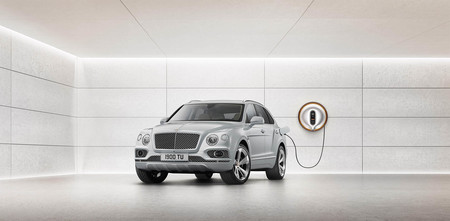 Bentley Bentayga Hybrid WallBox Starck