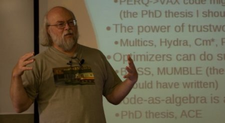 Google contrata a James Gosling, fundador de Java