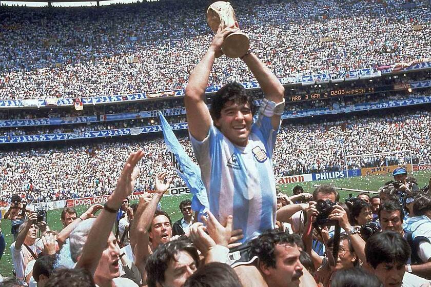 Adiós a Diego Armando Maradona: un recorrido por las películas y documentales esenciales que han buscado capturar a una leyenda del...