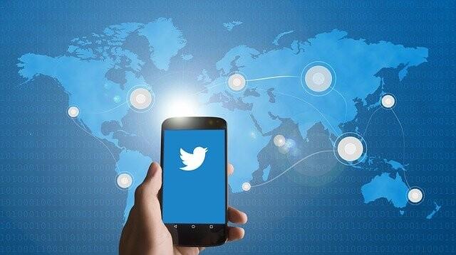 Los tuits que contienen enlaces maliciosos tienen mayor probabilidad de contener emociones negativas