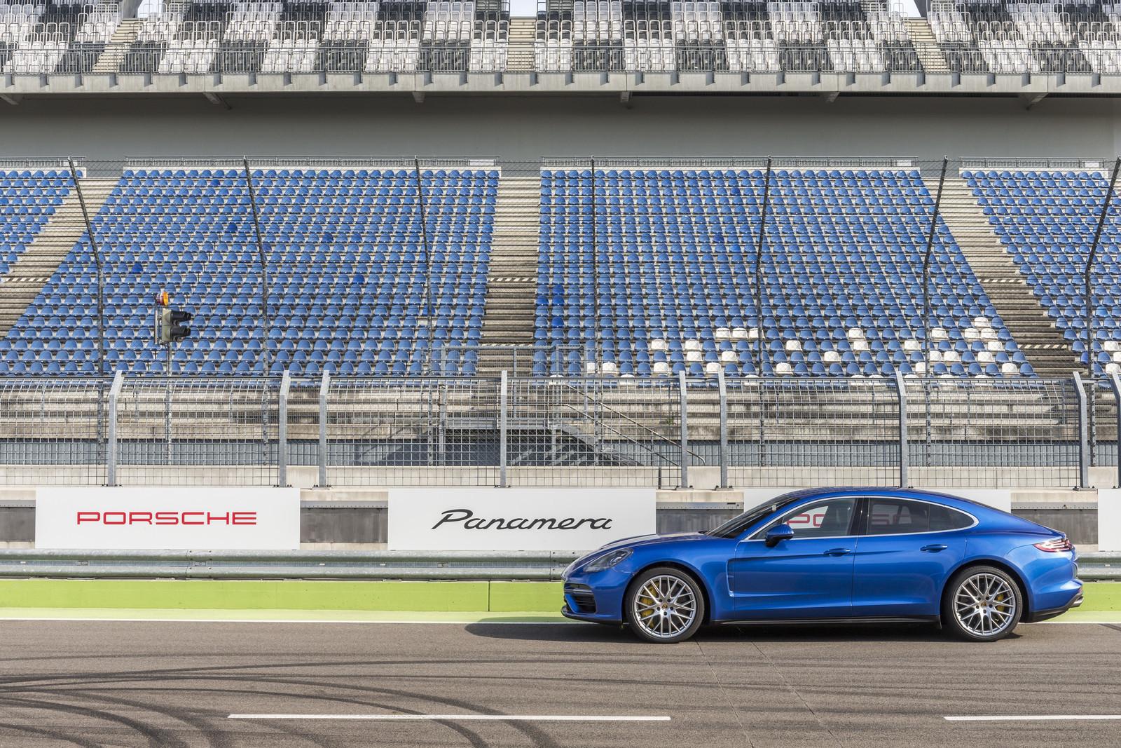 Foto de Porsche Panamera 2017 (19/130)