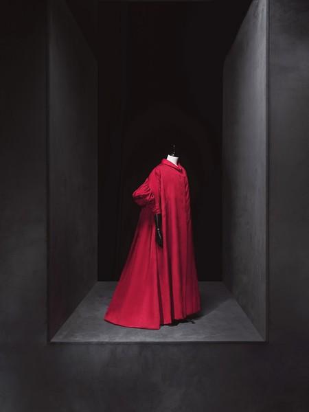 Cristobal Balenciaga Abrigo 1950 1960 Museo Del Traje Madrid Ministerio De Cultura Y Deporte Fotografo Jesus Madrinan 1