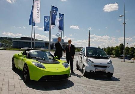 Daimler quiere más cooperación con Tesla en vehículos eléctricos