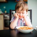 Trece errores que solemos cometer con la alimentación de nuestros hijos