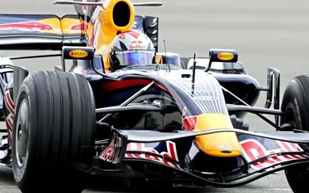 Jaime Alguersuari se subirá a un Toro Rosso en el Algarve