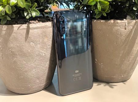 Xiaomi Mi 9, primeras impresiones: no solo tiene un precio rompedor, es uno de los móviles más completos del momento