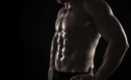Cinco ejercicios para quemar calorías y trabajar el abdomen al mismo tiempo