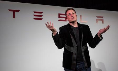 """Elon Musk suspende la producción del Tesla Model 3 para hacer ajustes y ser más eficientes ante la """"excesiva automatización"""""""
