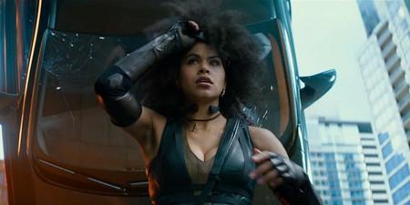 La polémica del vello en las axilas llega a Deadpool 2 con Zazie Beetz, que decidió rodar sin depilar