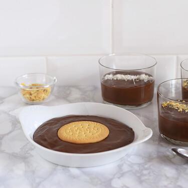 Cómo hacer natillas de chocolate veganas bajas en hidratos: receta de postre fácil sin azúcar añadido