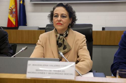 Trabajo no descarta la subida del SMI a 1.000 euros en 2020