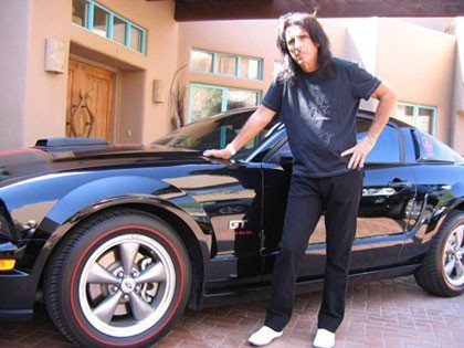 Alice Cooper vende su Mustang GT en eBay