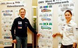 Una niña decora el Xsara WRC de Kronos OMV