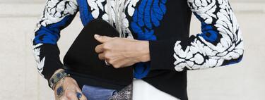 Michael Kors, Furla o Versace... cinco carteras para mujer súper prácticas para llevar a mano todo lo necesario en vacaciones (y el resto del año)