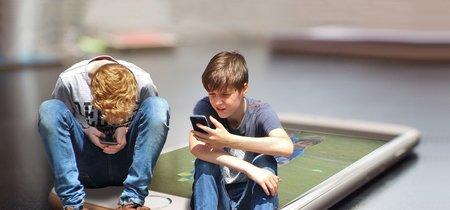 Esta app bloquea el móvil de tu hijo hasta que no contesta tus mensajes