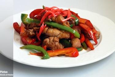 Receta de pollo con pimientos rojos y verdes