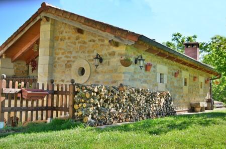 Alojamiento En Airbnb Un Viaje En El Tiempo En El Valle De Las Caderechas Burgos 1