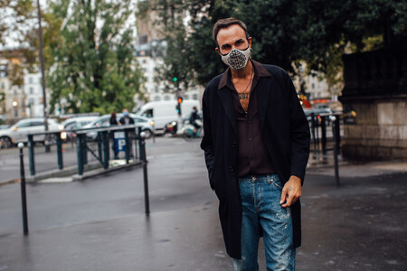Givenchy Mask Street Style 03