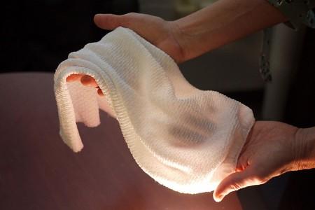 El futuro de la ropa: un tejido que se enfría cuando tenemos calor y se calienta cuando tenemos frío