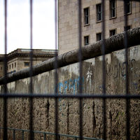 Berlín ha descubierto un pedazo del muro original aún en pie tras pasar décadas olvidado