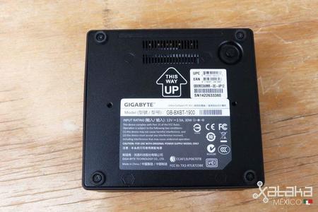 gigabyte_brix_celeron-08-1.jpg