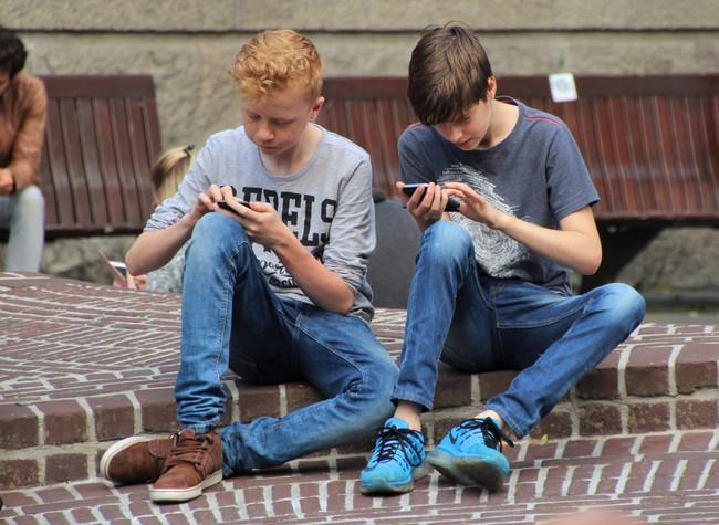 adolescentes-en-internet