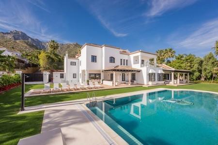 Entramos en Villa Pashmina: lujo y glamour marbellí para el nuevo proyecto de Bertín Osborne