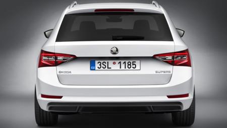 Škoda Superb Combi 2015