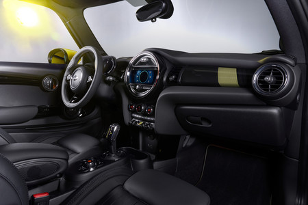 MINI eléctrico interior