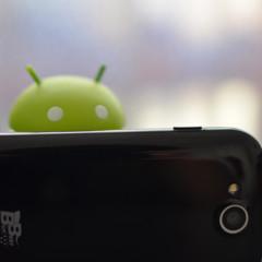 Foto 5 de 7 de la galería best-buy-easyphone-3-5-diseno en Xataka Android