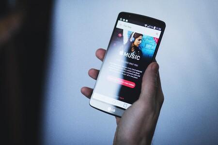 Europa quiere prohibir a Apple y Google que preinstalen apps y servicios en iOS y Android